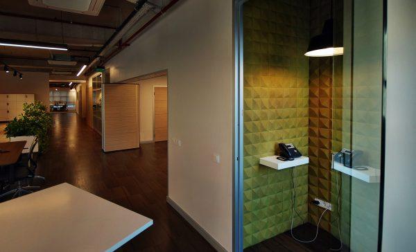 zelena korkova stena